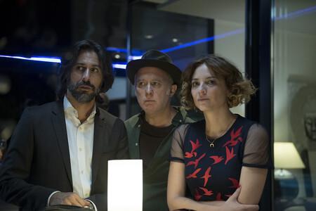 'Nasdrovia': la serie de Movistar+ es un delicioso cóctel Molotov que mezcla comedia costumbrista y thriller