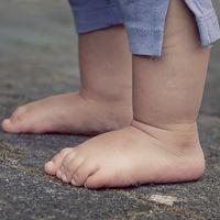 Niños descalzos, más inteligentes (y sobre todo, más felices)