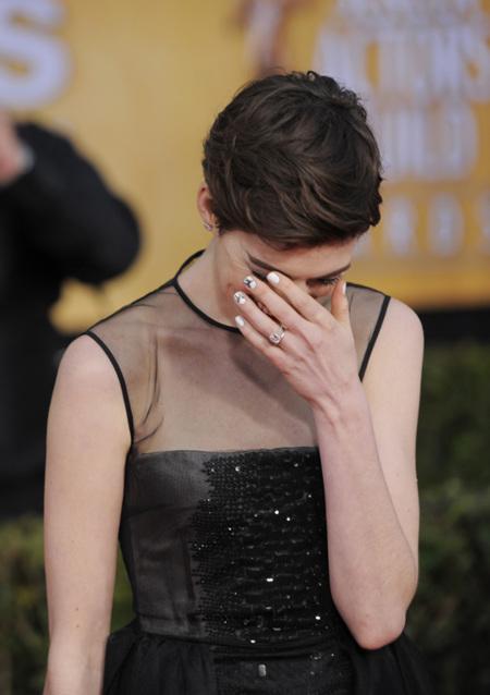 Anne Hathaway SAG 2013