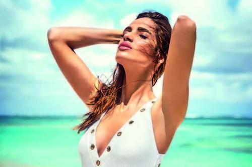 Estos son los bañadores y bikinis de Calzedonia que van a arrasar este verano. Palabrita de Sara Carbonero