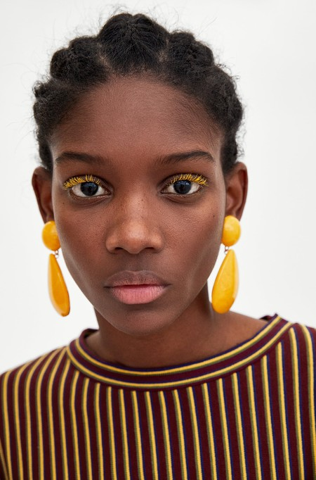 Zara Pendientes Amarillos