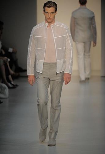 Foto de Calvin Klein, Primavera-Verano 2010 en la Semana de la Moda de Milán (5/13)