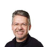 Apple une las divisiones de Siri, Core ML y aprendizaje automático en una sola al mando de John Giannandrea