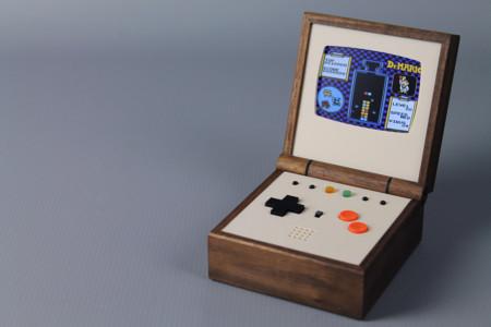Ahora (casi) cualquier persona puede hacerse con una de las preciosas consolas Pixel Vision