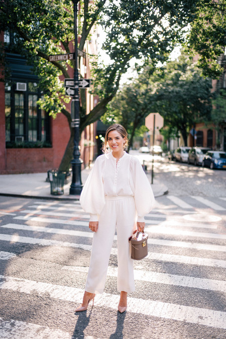 looks con pantalón blanco