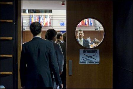 El Parlamento Europeo y la votación del ACTA en el entierro de Europa