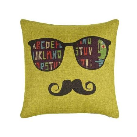 cojin-moustache-1180.jpg