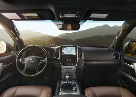 Toyota Land Cruiser 2021: precios versiones y equipamiento en México