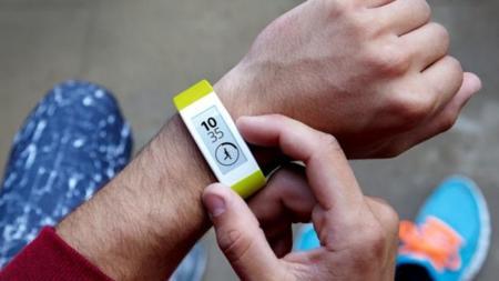 La tinta electrónica: ¿cómo es de competitiva respecto a otras tecnologías para wearables?