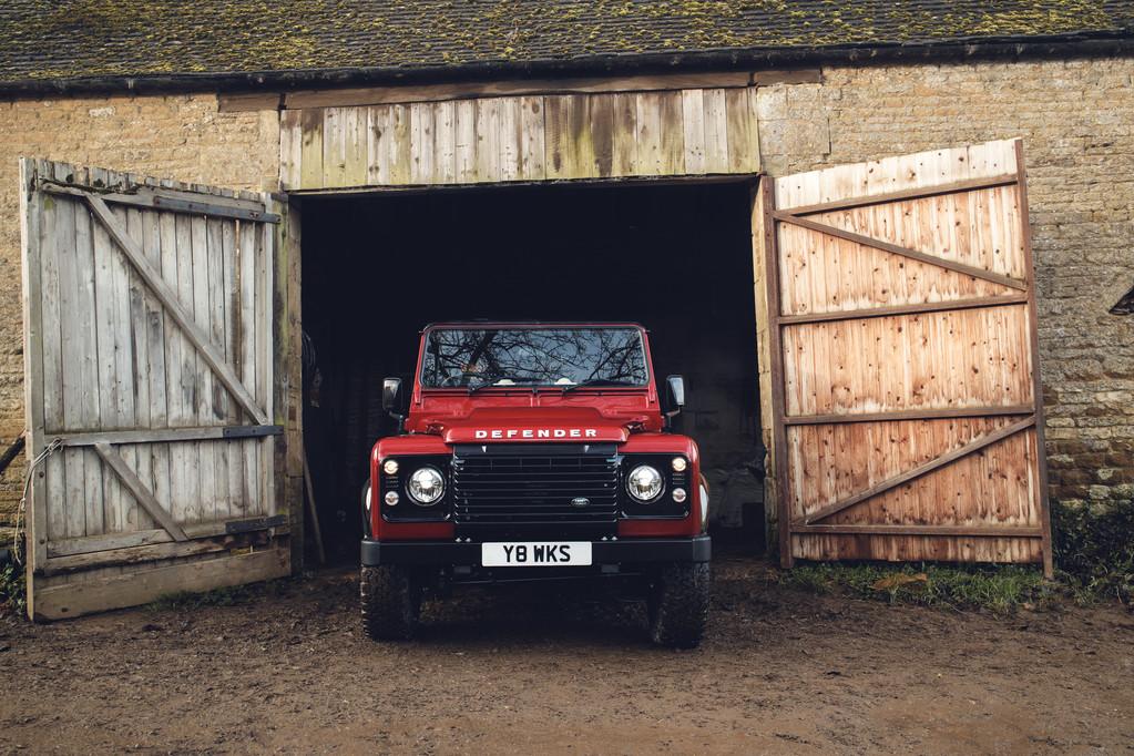 Foto de Land Rover Defender Works V8 (2/8)