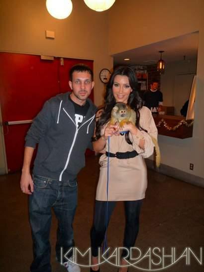 Kim Kardashian atacada por un mono