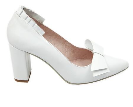 13 zapatos de novia para las que quieren bailar sin parar el día de