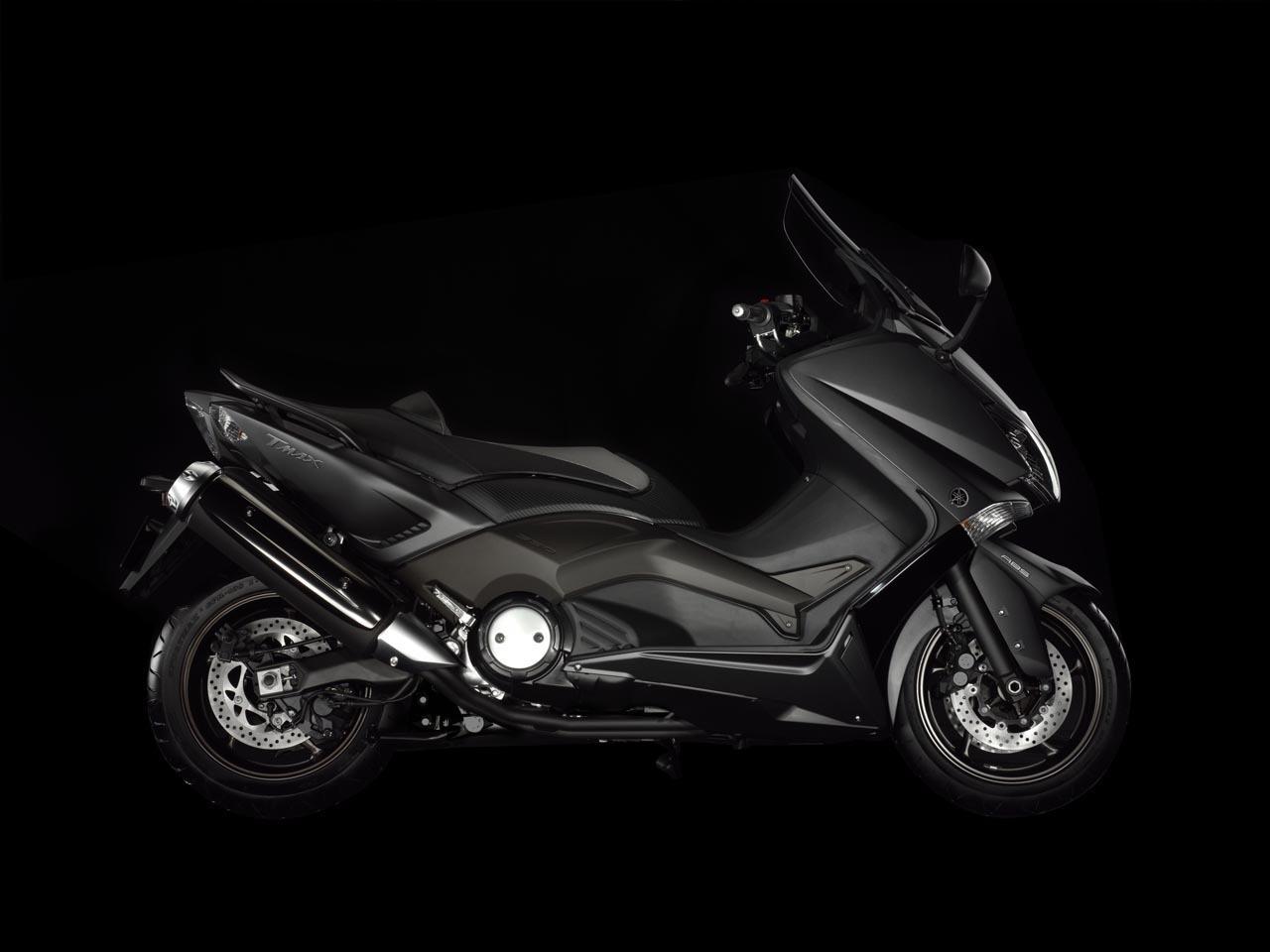 Foto de Yamaha T-Max 2012, fotos de estudio (13/25)