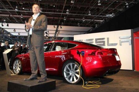 Según Elon Musk, los eléctricos serán mayoría en 2030