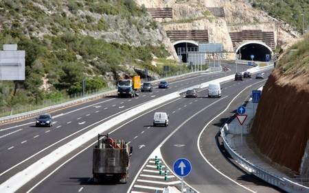 El Gobierno prepara para 2020 el pago por uso de determinadas autovías que ahora son gratuitas