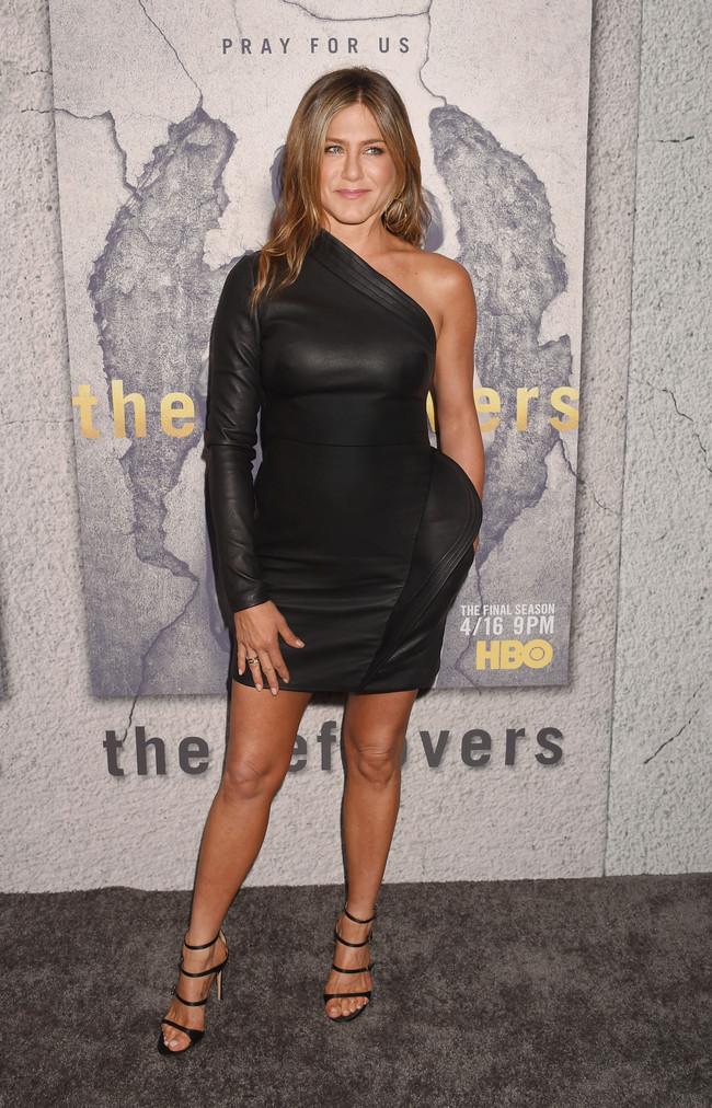 Jennifer Aniston Brandon Maxwell The Leftovers 3 2