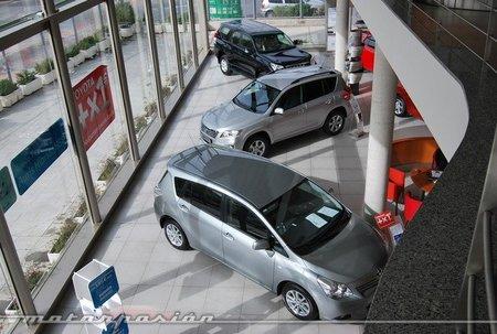 ¿Por quién te dejas aconsejar a la hora de comprar coche?: la pregunta de la semana