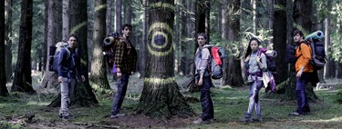 'Caminantes': la primera serie original de Orange es un frenético survival que confirma a Koldo Serra como maestro del género