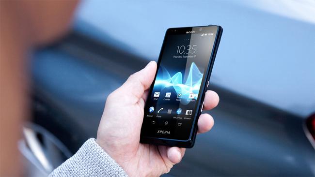 Sony Xperia T_en_manos