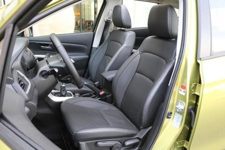 Suzuki SX4 S-Cross 2013, asientos