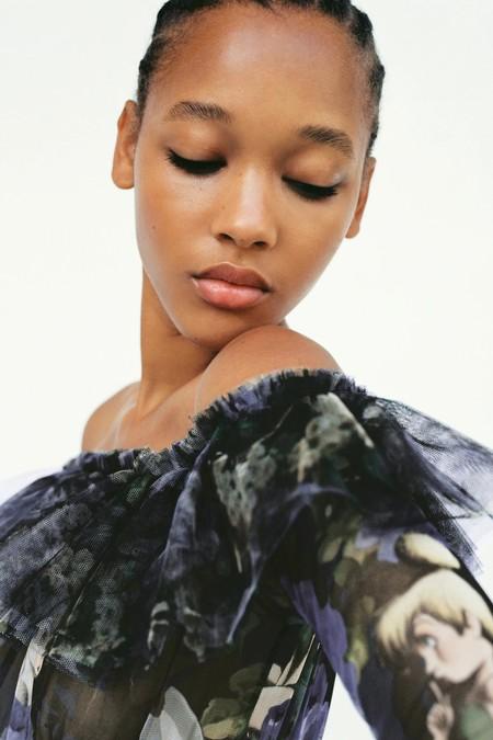 Zara lanza la colección más delicada repleta de tul con estampados de películas Disney como Peter Pan o Bambi