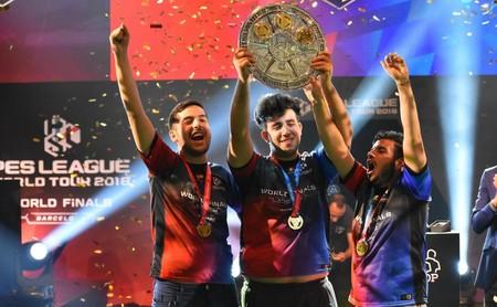 Alex Alguacil y Ettorito, los reyes absolutos del PES competitivo