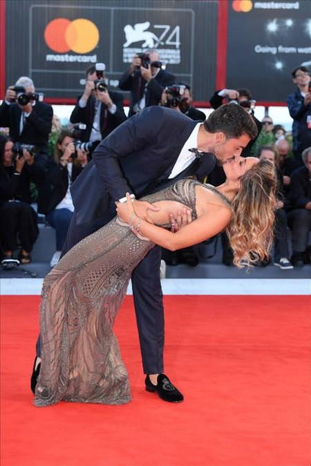 Mariano Di Vaio Llego Al Festival De Venecia Pero Su Esposa Se Robo Todas Las Miradas 3