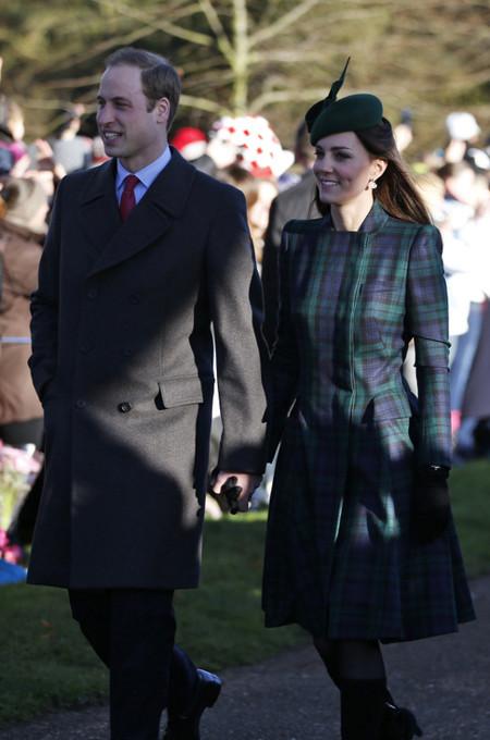 principe Harry abrigo doble botonadura