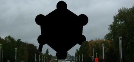 Atomium 010 Censored