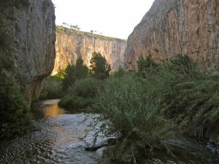Ruta con niños: los cañones del Turia y los puentes colgantes de Chulilla