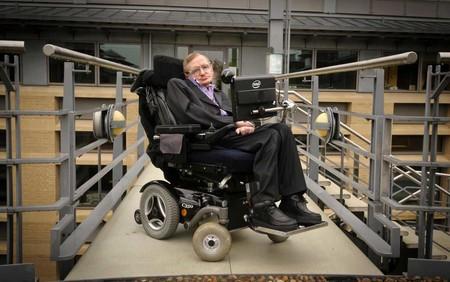 Un gobierno mundial: la idea de Stephen Hawking para que el avance tecnológico no acabe destruyendo la especie humana