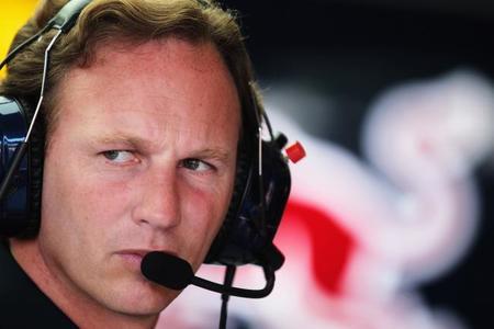 Christian Horner admite no tener más opción que continuar con Renault