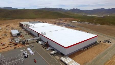 Tesla Fabrica Nevada 2