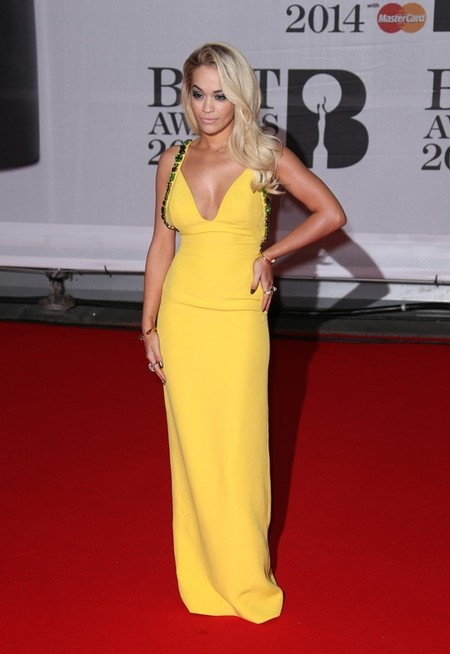 En los BRIT Awards 2014 las celebrities se sueltan la melena
