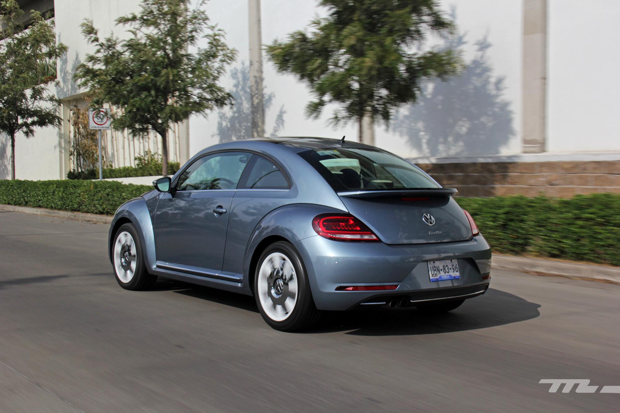 Foto de Volkswagen Beetle Final Edition 2019 prueba (21/25)
