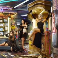 Foto 1 de 4 de la galería felicitacion-navidena-de-los-kardashian en Poprosa