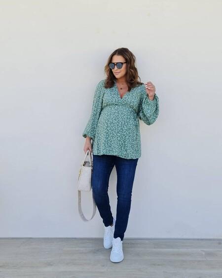 Paula Echevarría, a pocos días de dar a luz, lleva la perfecta blusa de primavera de H&M