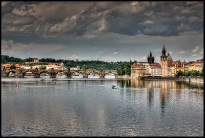 Curiosidades: Embargan el Puente de Carlos en Praga