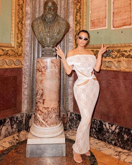 Kim Kardashian Looks Roma 04