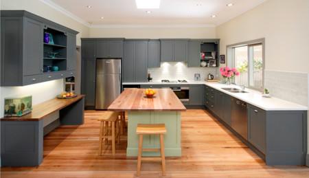 9 cocinas decoradas en colores cálidos
