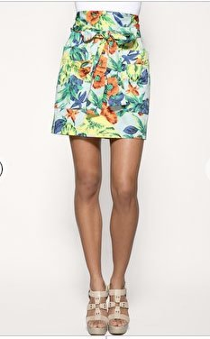 Minifaldas de flores