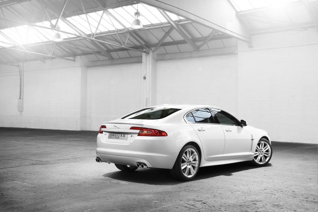 Foto de Jaguar XFR (2/34)