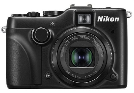 Nikon P7100 sube a lo alto de las compactas