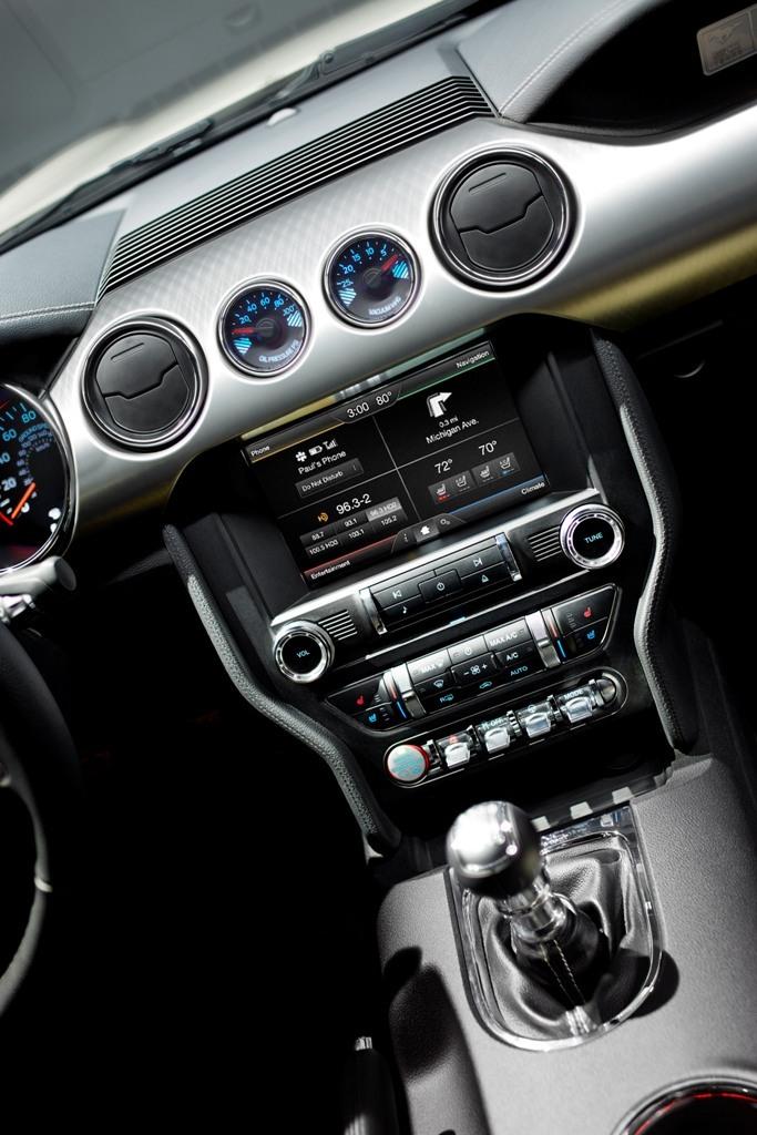 Foto de Ford Mustang 50 Aniversario (7/21)