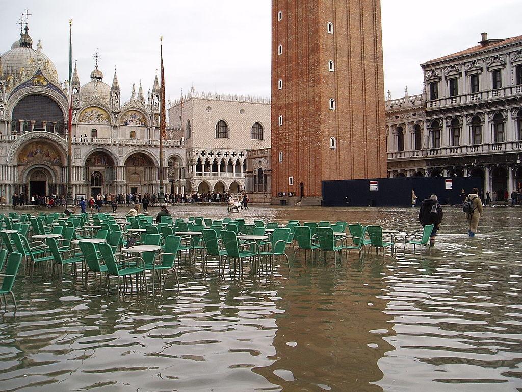 Venecia vive su peor inundación en 50 años y esto es sólo el principio: cada vez hay menos tiempo para salvarla del Adriático