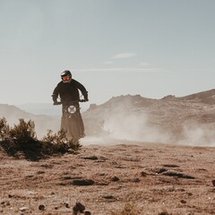 Foto 8 de 20 de la galería ducati-scrambler-desert-sled-fasthouse-2021 en Motorpasion Moto