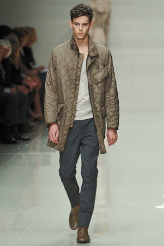 Foto de Burberry Prorsum mostró más de su Primavera-Verano 2010 en la Semana de la Moda de Londres (2/6)