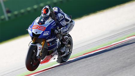Motorpasión a dos ruedas: la nueva Ducati 899 Panigale y la victoria de Jorge Lorenzo en Misano