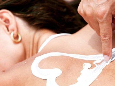 Más modas que nunca entenderé: #SunburnArt, el arte de tatuarse quemándose la piel
