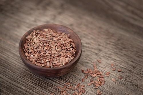 Semillas de lino: propiedades, beneficios y su uso en la cocina